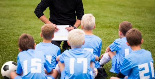 Профессия детский тренер по футболу
