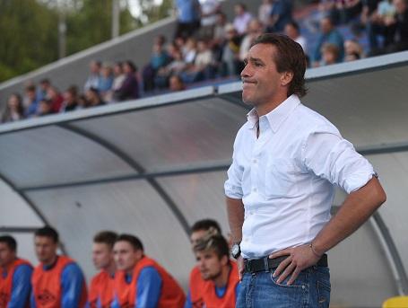 Сергей Юран на матче в роли тренера