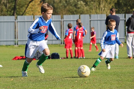 Чем полезен футбол для ребенка