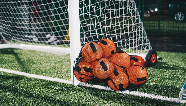 Как создать свой футбольный клуб с нуля
