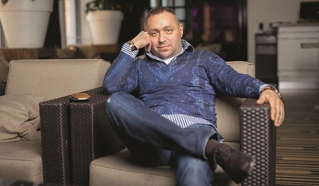 Футбольный агент Олег Артемов