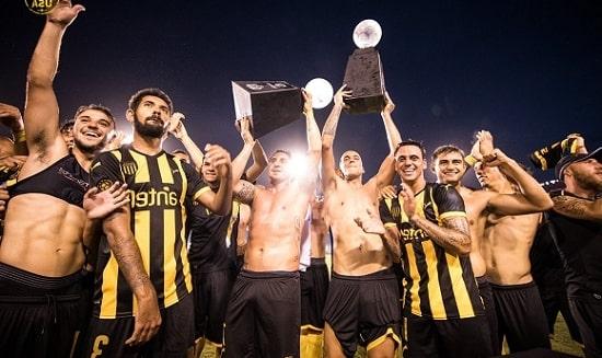 Самый титулованный футбольный клуб Южной Америки