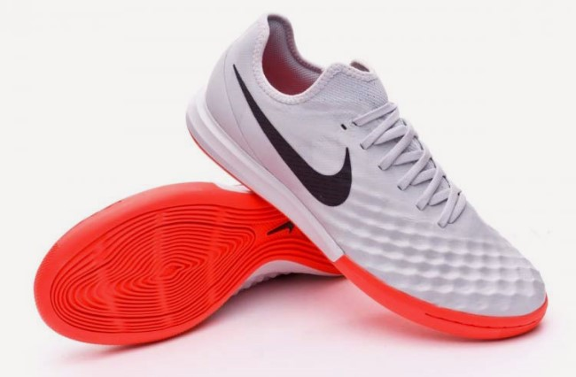 Футзалки Nike MagistaX Finale II