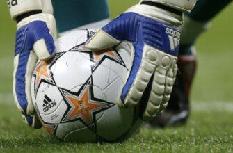 ТОП-10 Футбольных Мячей — легендарные модели