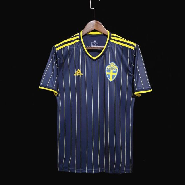 Гостевая форма сборной Швеции