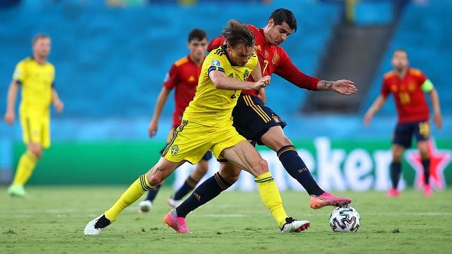 Сборная Испании в матче со шведами на Евро-2020 владела мячом 75% времени, но не смогла воплотить территориальное преимущество в голы